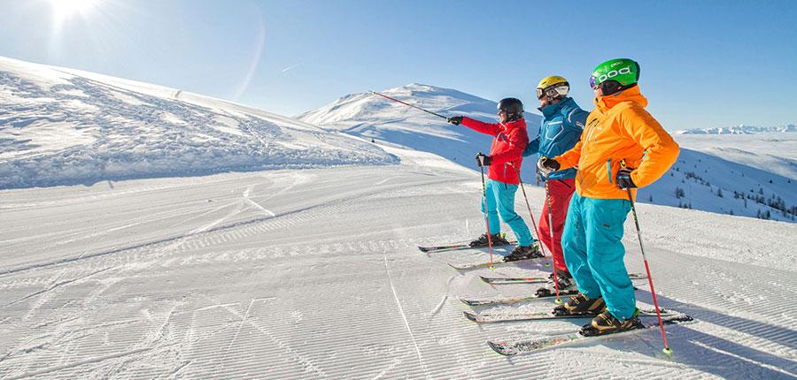 austria_bad-kleinkirchheim_skiers_view.jpg